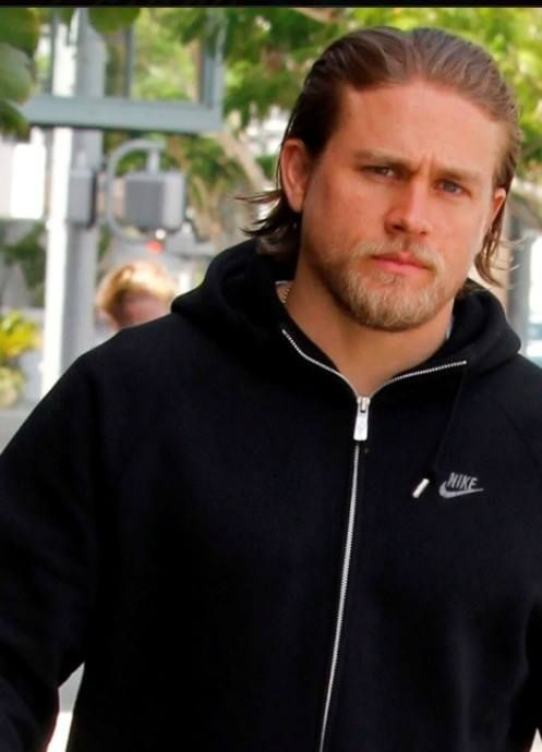 Charlie Hunnam's grumpy face... BUT HE IS STILL ADORABLE. Love him. ♥