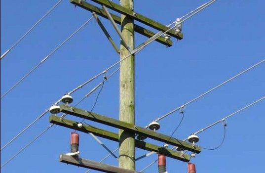 How to mitigate #power frequency #overvoltage on underbuilt #distribution lines