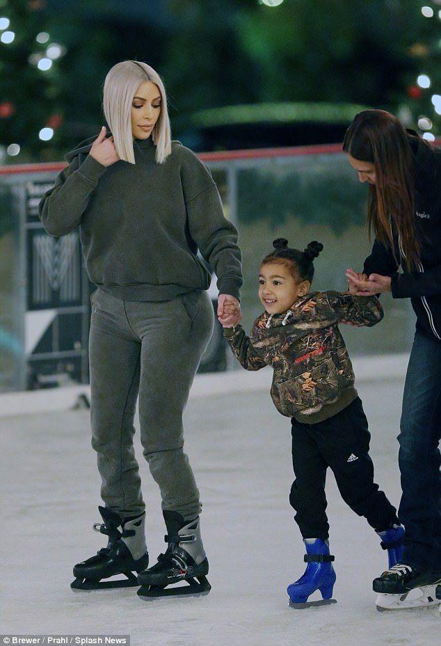 Kim Kardashian teaches son Saint how to ice skate | Daily Mail Online