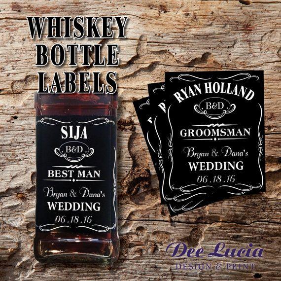 Benutzerdefinierte Whiskey Flaschenetiketten machen ein großes Geschenk für Ihre beste Mann und Trauzeugen!  Anpassbar für Trauzeugen, Brautführer, Vater der Braut, Vater des Bräutigams, Usher, Officiant oder jeden Whisky-Liebhaber!   Eine 750 ml Flasche passend gemacht * Flasche nicht im Lieferumfang enthalten * Gedruckt auf Etikettenpapier, die leicht über vorhandenes Label angewendet werden können. Nicht entfernen Sie vorhandene Beschriftung zu, legen Sie benutzerdefiniertes Etikett über…