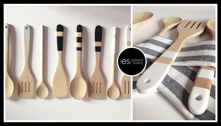 © 2015 I es / ISTINTO creativo  creatività fatta a mano per info o ordini esistinto@gmail.com Mescolare qualcosa di speciale e farlo con stile! Set di 2 mestoli in legno impreziositi dal colore e  2 strofinacci da cucina bianchi e neri. Lavare a mano e non usare spugna abrasiva su parti colorate. #esistintocreativo #handmade #follow #home #kitchen #ladles #wood #color #design #eco #minimal #gift #cloth #blackandwhite