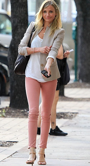 9 best images about Pink jeans on Pinterest | Kim kardashian, Pink ...