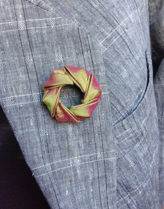 Mens Lapel Pin Wreath Lapel Pin Kanzashi Pin Custom Lapel Pins Men Green Boutonniere Silk Boutonniere Wreath Boutonniere Christmas Lapel