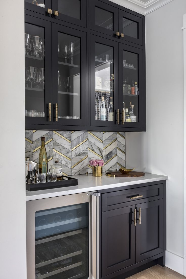 Black White And Gold Butler S Pantry