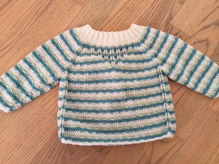 Hæklet babytrøje