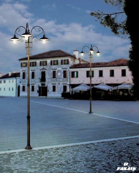 """A walk to breathe the air of the sunset and the #lights of the #IlFanale lamps start to illuminate the streets.  Una passeggiata per respirare l'aria del tramonto e i lampioni """"Il Fanale"""" si accendono per illuminare le strade."""