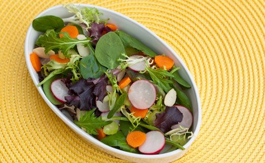 #Epicure Spinach and Radish Salad