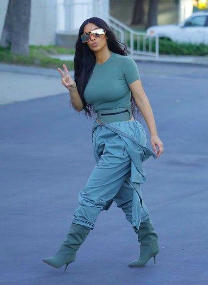 9d8bba8057b19 14th June Kim Kardashian Yeezy