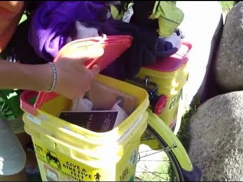 Bike panniers made from kitty litter buckets. A brilliant how-to-video.