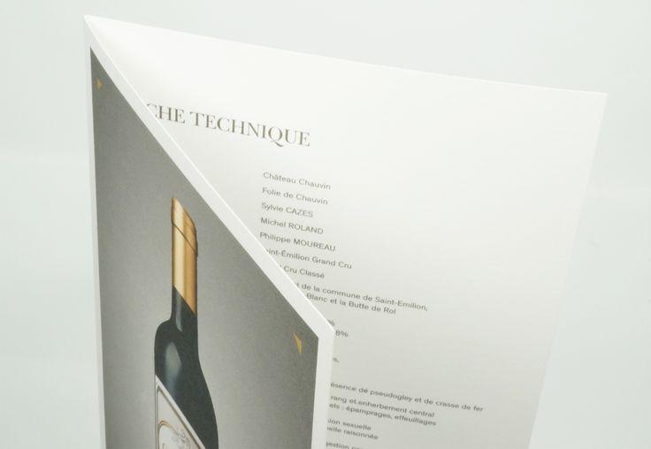 Format fini : 148.5 x 210 mm. Impression quadri Recto Verso. Papier OldMill Premium White 300 gr + un rainage.n#cartevin