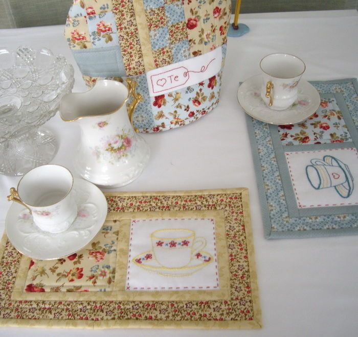 """*Tea Time Placemats. Like the sewing tag on the tea cozy, """"Heart Te"""". cute"""