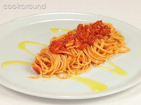 Spaghetti con granchio: Ricette di Cookaround   Cookaround