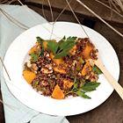Een heerlijk recept: Salade met rode quinoa en kakivrucht