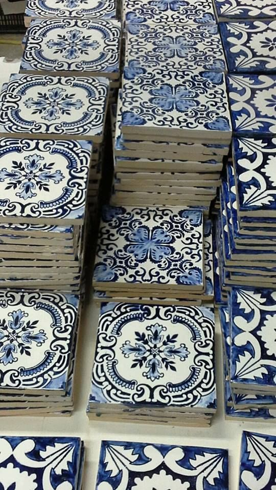 the thought of tiling our entire bathrooms with these beautiful blue motifs