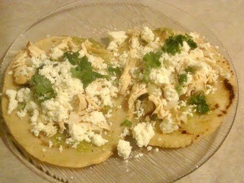 ▶ Chalupas con pollo deshebrado - Comida mexicana - recetas de la abuelita