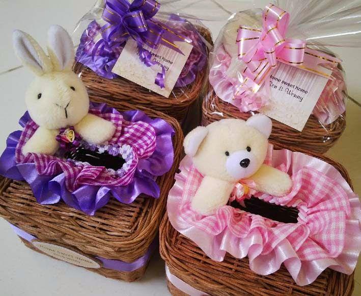 souvenir tempat tisu rotan boneka bentuk kotak kecil. hub:http://aliasouvenir.blogspot.co.id/2015/05/souvenir-tempat-tisu-rotan-boneka_24.html?m=1 085728454449/082225625999.