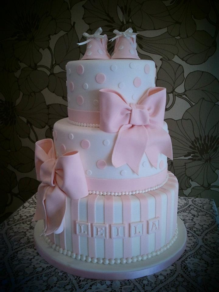 pretty pink bows christening cake