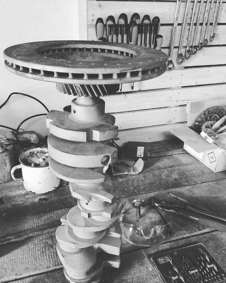 Buduci stolik