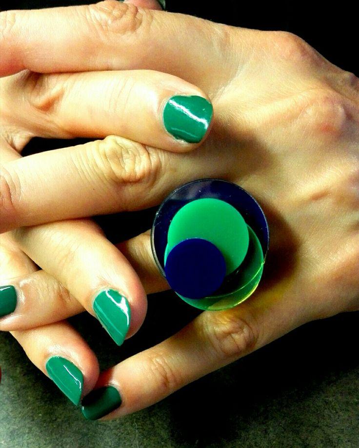 Plexi ring, ever green