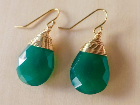The Layla Earrings – Green Onyx Teardrop Wire Wrapped Earrings in Gold Filled - Valltasy || Green Onyx Teardrop Wire Wrapped Earrings in Gold Filled https://www.valltasy.com/design/green-onyx-teardrop-wire-wrapped-earrings-in-gold-filled/?utm_campaign=crowdfire&utm_content=crowdfire&utm_medium=social&utm_source=pinterest