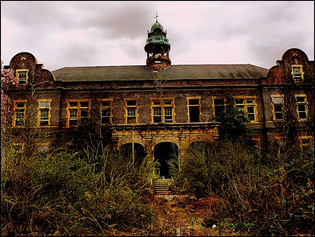 Abandoned Pennhurst State Hospital, Administration Building