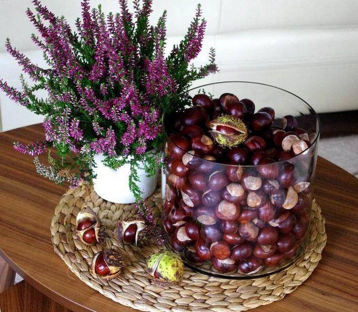 Heidekraut und Vase mit Kastanien   – Herbstliche Einrichtung ♡ Wohnklamotte