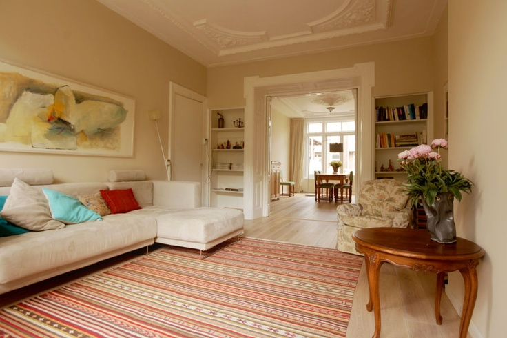 Groups - Enjoy this gorgeous 3 bedroom holiday apartment that sleeps 5 people separately in Amsterdam near the musuems. Bring the family!