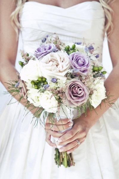 Floral Design: Patti Cramer of Simple Elegance / Wedding Dress: Priscilla of Boston #wedding #bouquet