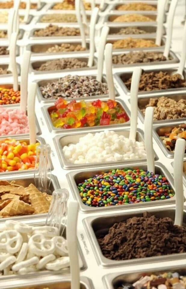 Yogurtini toppings bar frozen yogurt shop. Yes!!!!