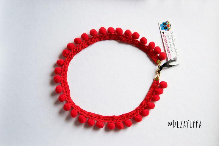 Collana girocollo rossa pompon e pizzo : Collane di dezayeppa