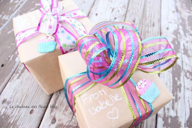 Beautiful Pink Christmas wrapping present idea, #giftwrap, #christmaspresents