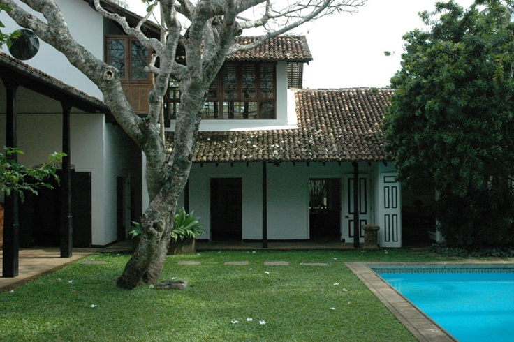 197 best geoffrey bawa architecture images on pinterest for Courtyard designs sri lanka
