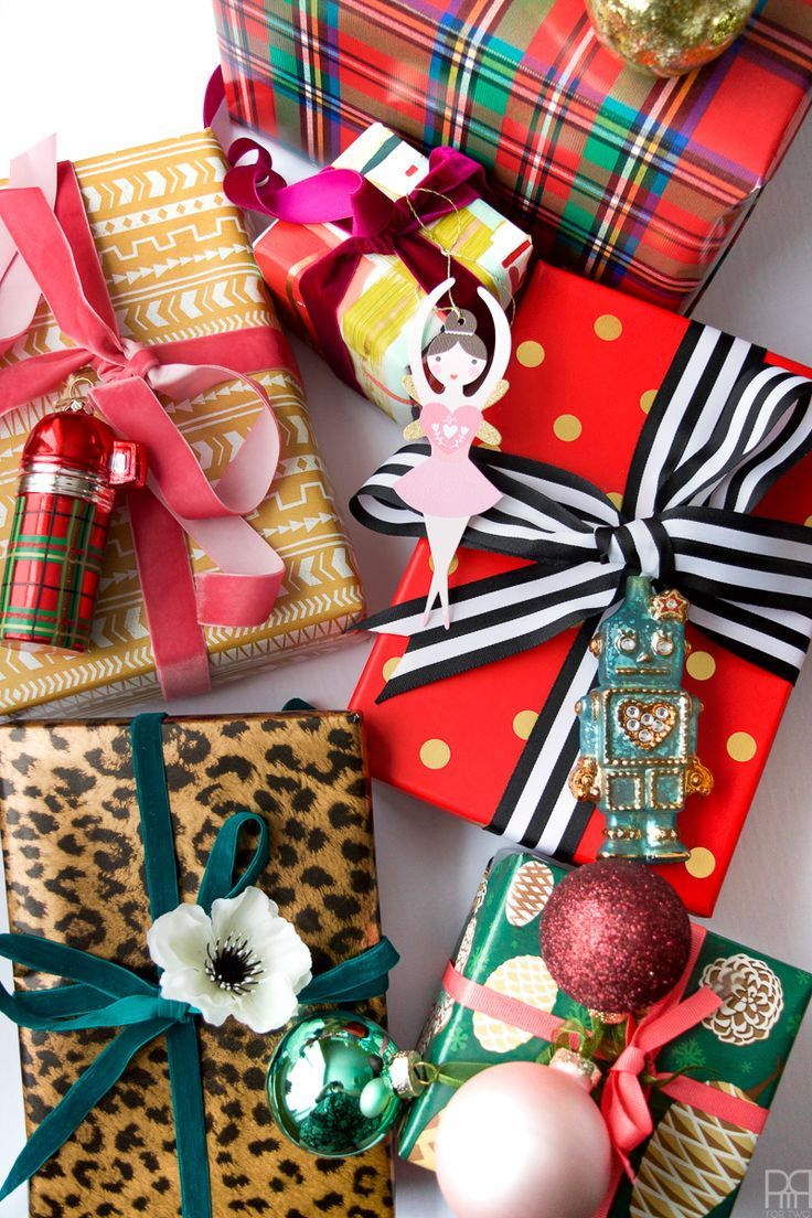 Packages, boxes and bows! Mixing and matching is the key to effortlessly colourful and chic gift wrapping.