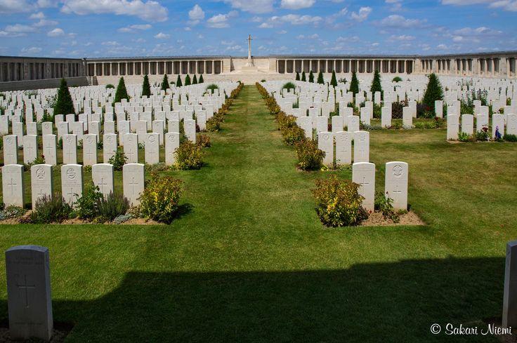 FR_150718 Ranska_0101 I maailmansodan Pozieres British Cemetery Picardyssa