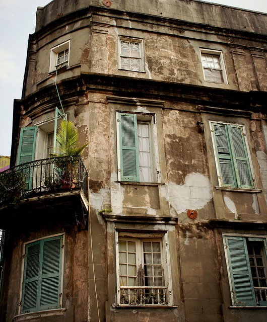French Quarters Apartments: French Quarter - New Orleans
