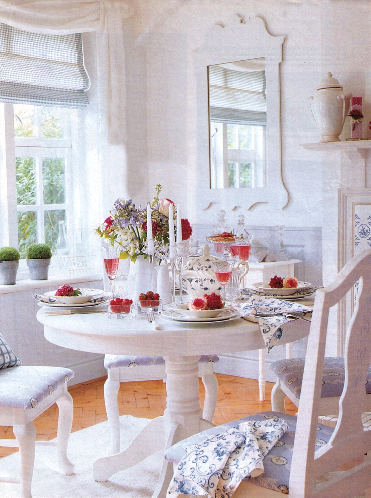 sunny Swedish dining  (lilyoake.blogspot.com)