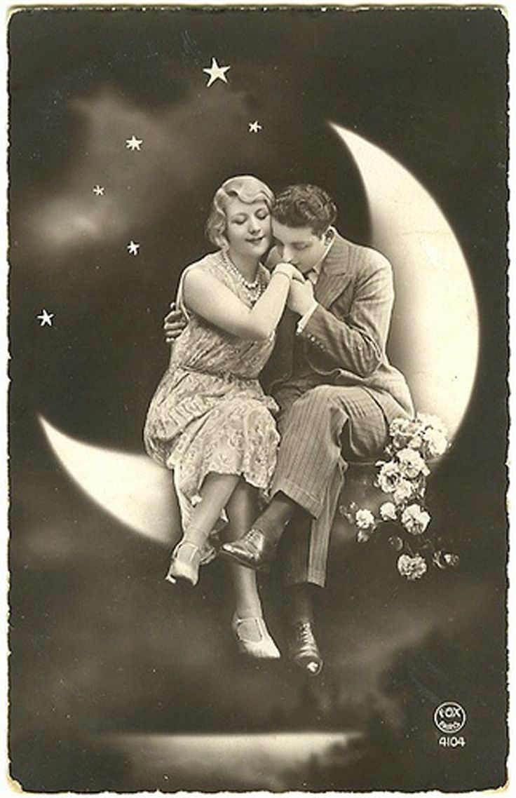 Vintage Printable - Paper Moon Photo. Sweet & Romantic. For a Valentine, cards, framing. I wish it was possible to get photos made like this today. So sweet.   For cards, scrapbooking, printing & framing, gift tags, altered art, decoupage, etc.