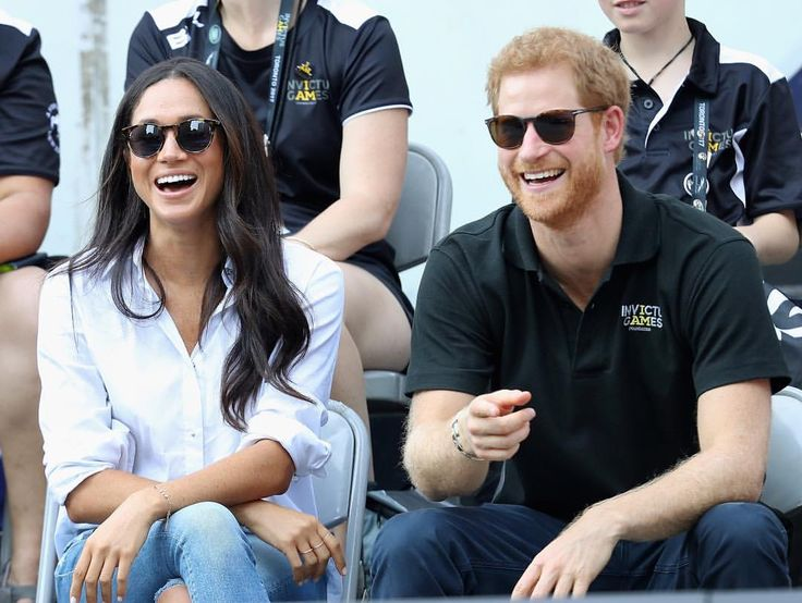 It's official! @clarencehouse and @kensingtonroyal announces that Prince Harry and Meghan Markle are engaged! Serious exciting news! Congrats to the both of them! #meghanmarkle #princeharry #royal @gettyimages #princeharrymeghanmarkle #royalwedding #princeharryengaged #meghanmarkleengaged @invictustoronto via ✨ @padgram ✨(http://dl.padgram.com)
