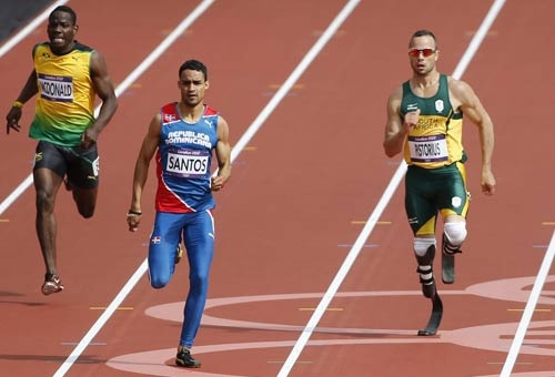 Oscar Pistorius: la magia dell'atletica. Foto - Immagini e Fotografie Olimpiche - Londra 2012 - Scatti in movimento con l'Action Photography