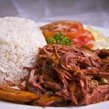 En el mes de la Patria Donde celebramos a #Panama  @isacpanama_ @isacveraguas @isac_chorrera @isac.colon @isac_chiriqui  @isacazuero  ARROZ ROPA VIEJA  #Panama #escueladecocina #gourmet #cook #truecooks #cheflife #food #instachef #chefart #theartofplating #gastroart #gastronomía #chefoninstagram #foodies #foodporn #foodstarz #chefstalk #gourmetartistry #caribbeanculinarycollective #cocina #cocinamoderna #EEEEEATS  #foodlovers #modernistcuisine #cocinamolecular #foodlovers #modernistcuisine…
