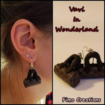 Guarda questo articolo nel mio negozio Etsy https://www.etsy.com/listing/225948989/fashion-dark-bags-earrings-handmade