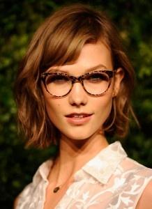 Karlie Kloss's hair and glasses