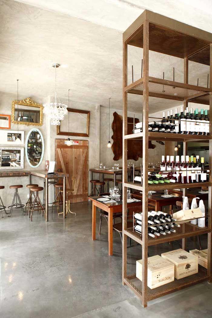 Mobiliario francisco segarra en el restaurante for Mobiliario de bar