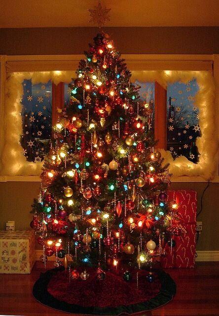 AlilHeavenOnEarth Lighted Christmas Trees, Big Bulb Christmas Lights, Christmas  Tree Colored Lights, Old - AlilHeavenOnEarth Christmas/ Winter Christmas, Christmas Tree