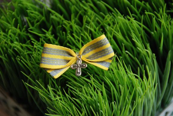 Modern Bow  Martyrika  Witness pin for Greek by KoulEvents on Etsy, $10.00