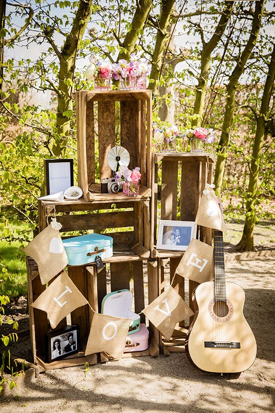 pilha engradado decoração exibição ideia @weddingchicks