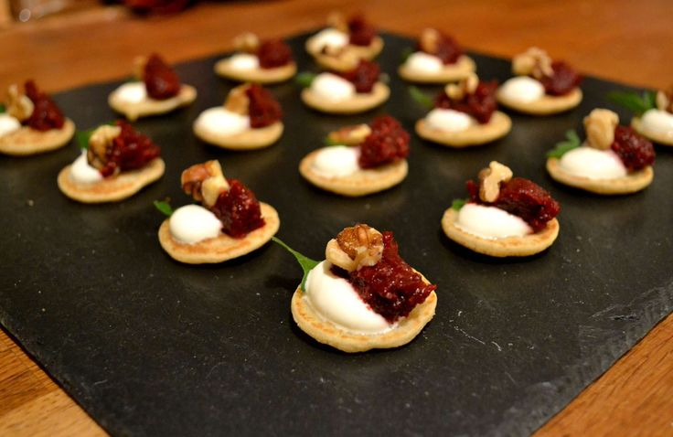 Best 25 vegetarian canapes ideas on pinterest party for Vegetarian canape ideas