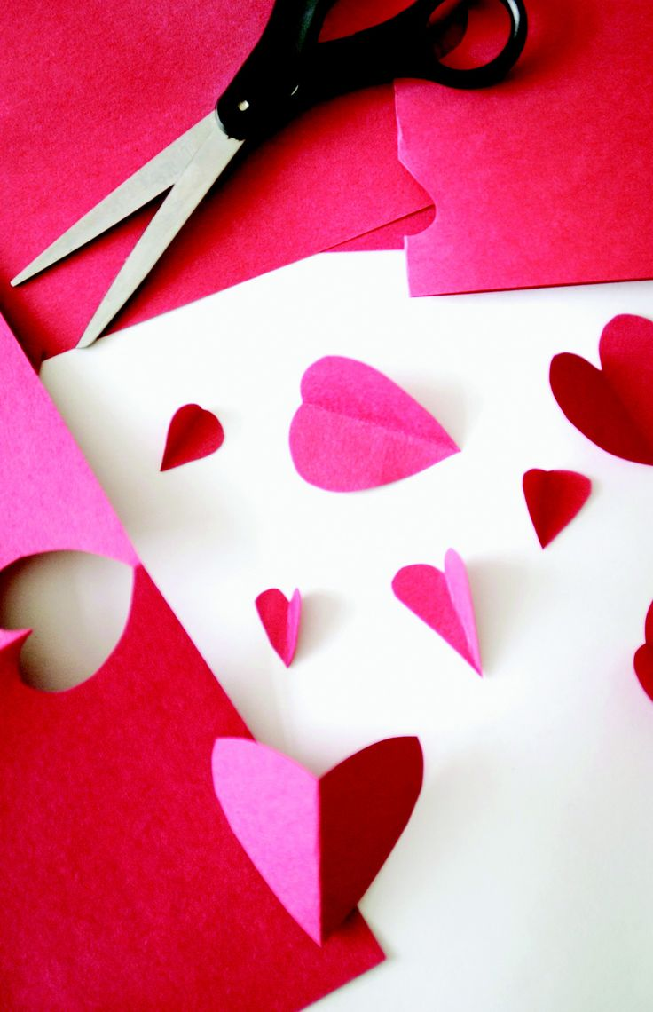 Valentine craft ideas, recipes and games for kids.