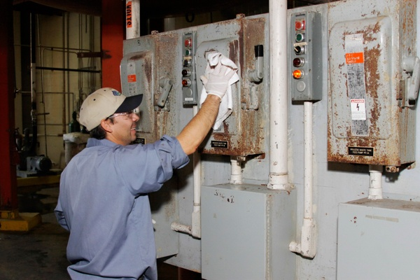 Industrial Cleaning and Site Remediatio.  http://www.Dreumex.com