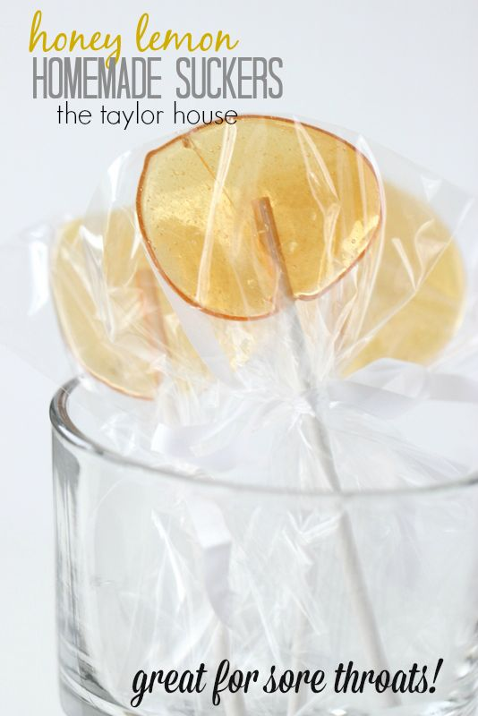 Simple to make Four ingredient Honey Lemon Homemade Suckers! Make your own candy! DIY candy.